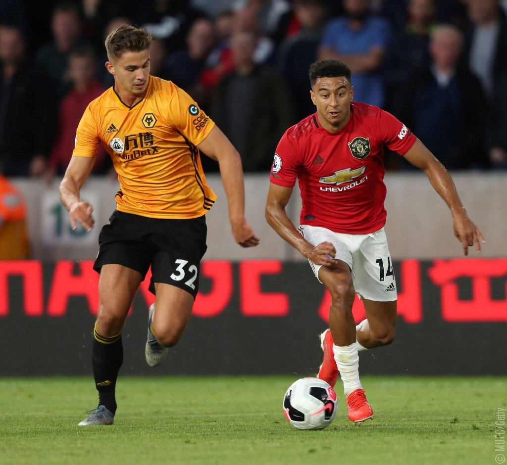 Loads of Man Utd fans call for Solskjaer to start 18-year-old ahead of Jesse Lingard - Bóng Đá