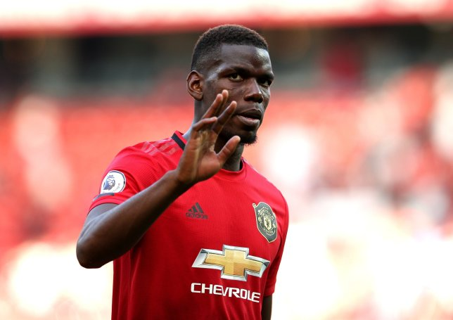 Ole Gunnar Solskjaer reacts to Paul Pogba's mistake in Crystal Palace's winner against Manchester United - Bóng Đá