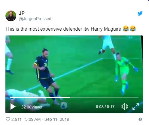 'Next Phil Jones' – Some fans react to Maguire giving away a penalty for England - Bóng Đá