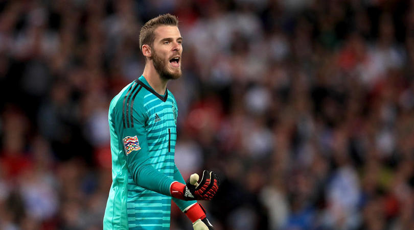 David de Gea has been 'AVERAGE' for six months for Manchester United, insists former Chelsea goalkeeper Mark Schwarzer - Bóng Đá