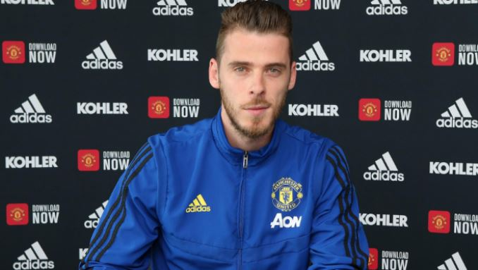 DAVID DE GEA COMMITS HIS FUTURE TO UNITED - Bóng Đá