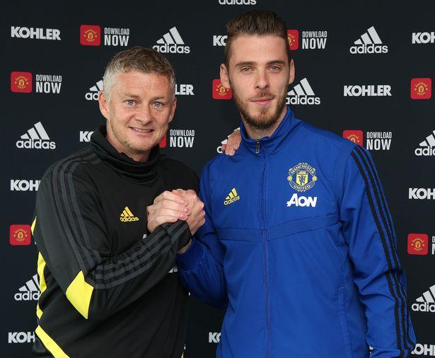 How Ed Woodward and Ole Gunnar Solskjaer convinced David de Gea to sign new Man Utd deal - Bóng Đá