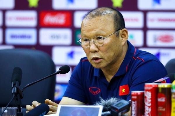 Park Hang-seo nói về việc thay HLV Indo - Bóng Đá