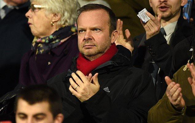 'I sign off the money... I don't get involved': Ed Woodward insists  - Bóng Đá