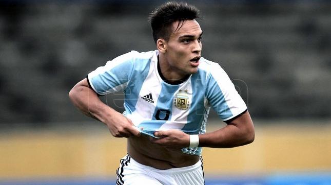 Lautaro Martinez Manchester United fans identify new striker target Ole Gunnar Solskjaer should sign in January - Bóng Đá