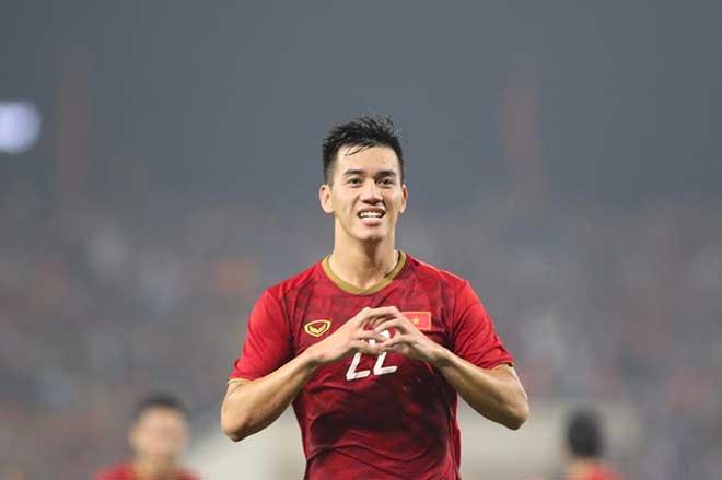 Hồng Sơn khen Tiến Linh với Ronaldo - Bóng Đá