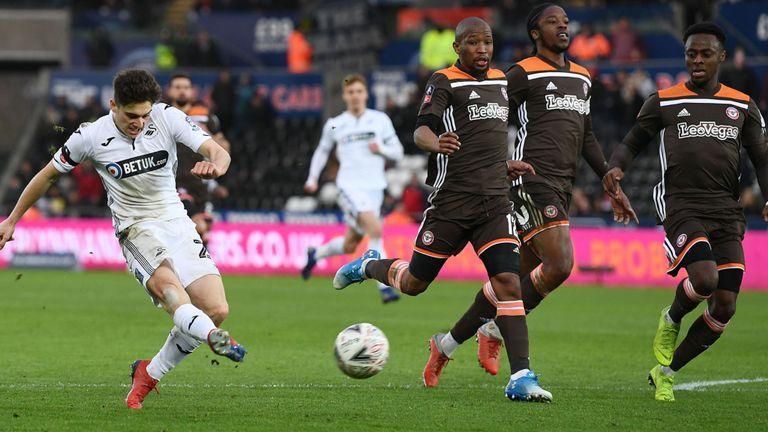 Man Utd's Dan James: How Leeds used scout data to target midfielder before failed bid - Bóng Đá