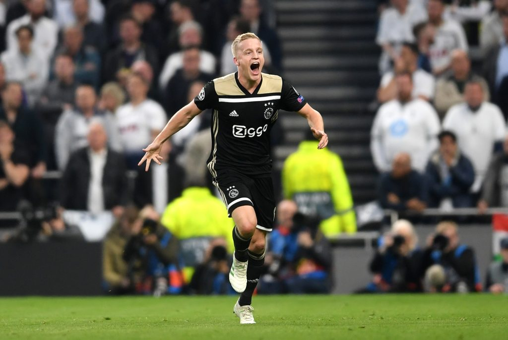 Why Donny van de Beek to Manchester United would be a smart move - Bóng Đá