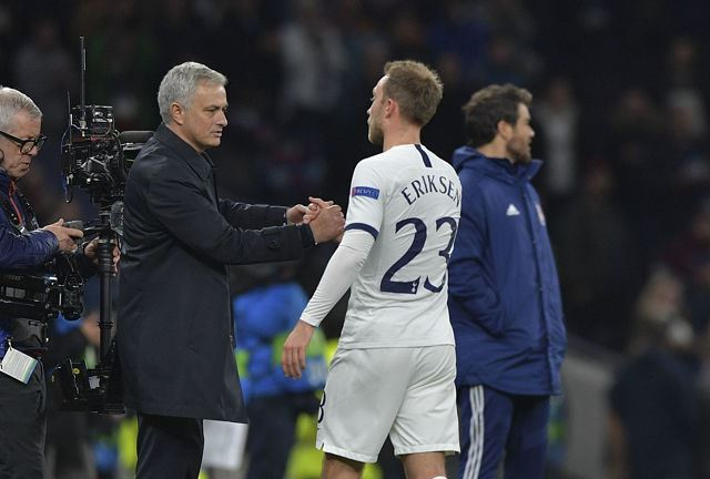 Dimitar Berbatov comments on Jose Mourinho treatment of Christian Eriksen at Tottenham - Bóng Đá