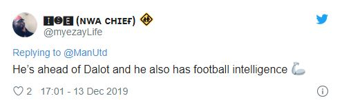 Man Utd fans hail Ethan Laird after he makes Old Trafford debut against AZ Alkmaar - Bóng Đá