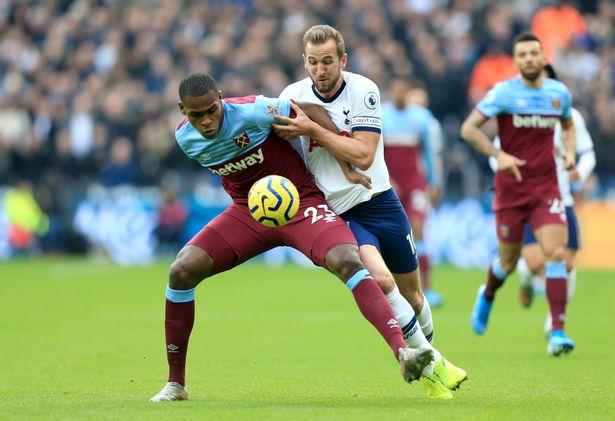 Man Utd 'consider £40m January transfer swoop' for West Ham star Issa Diop - Bóng Đá