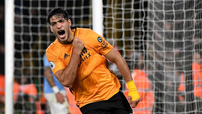 """""""Such a baller"""" – These Manchester United fans urge club to sign Wolves star Jimenez after performance vs Liverpool - Bóng Đá"""