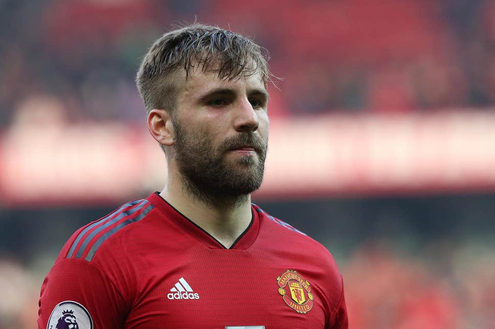 Gary Neville identifies Luke Shaw's best position at Manchester United - Bóng Đá