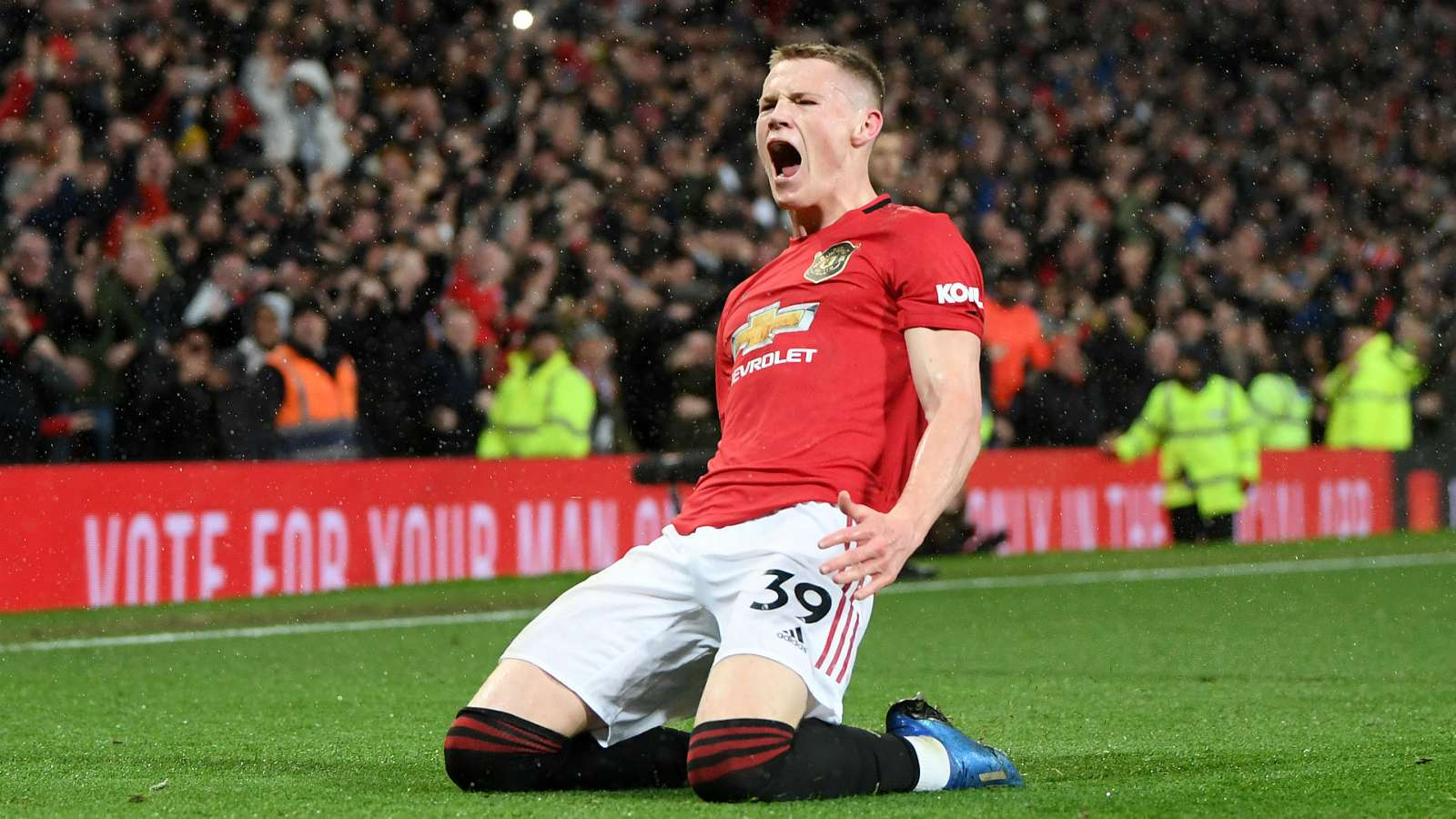 Matic backs McTominay to become Manchester United legend - Bóng Đá