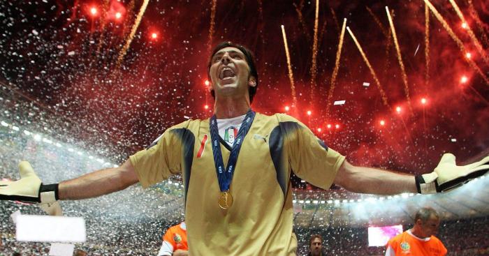Bergkamp, Becks và những người về nhì vĩ đại nhất ở giải thưởng Ballon d'Or - Bóng Đá