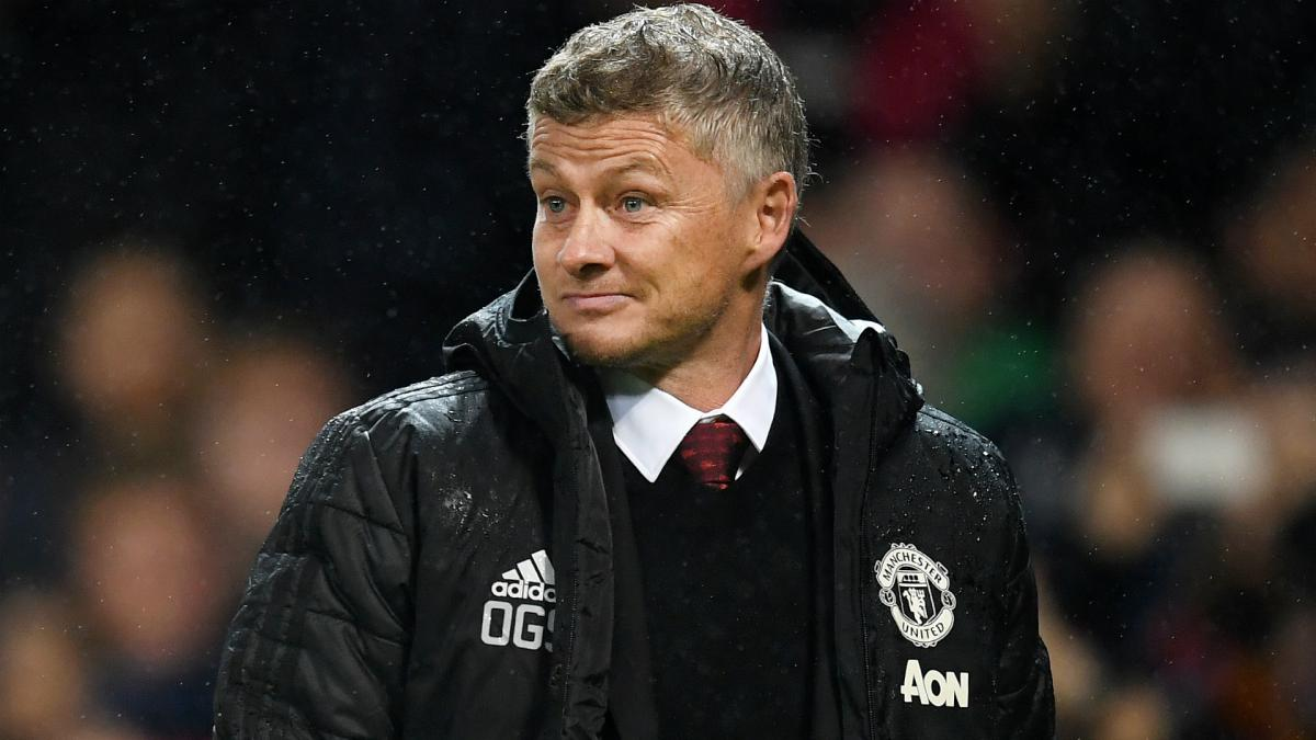 Manchester United to allow three defenders to leave this summer? - Bóng Đá