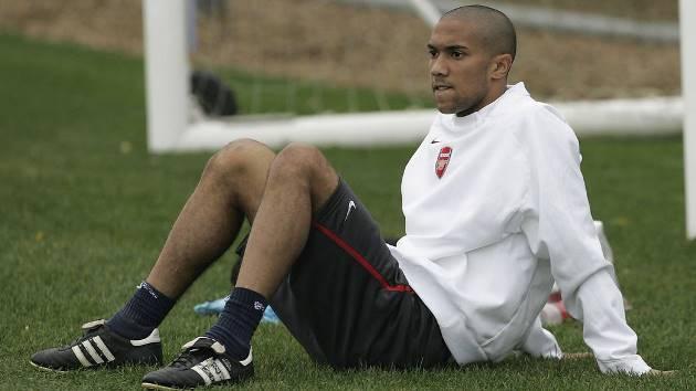 Gael Clichy hé lộ lí do rời Arsenal để đến Man City - Bóng Đá