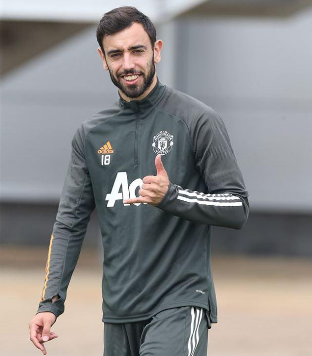 Ảnh tập Man Utd trận Leicester - Bóng Đá