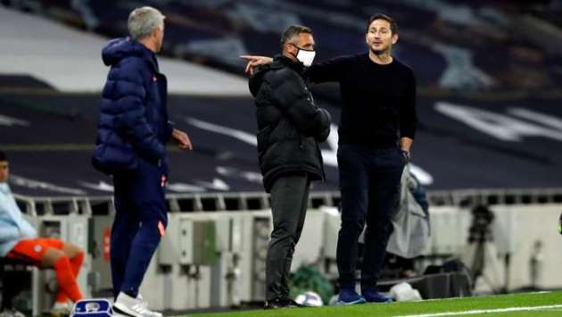 'He speaks more with the referee than his players!' - Lampard reveals touchline jab at Mourinho - Bóng Đá