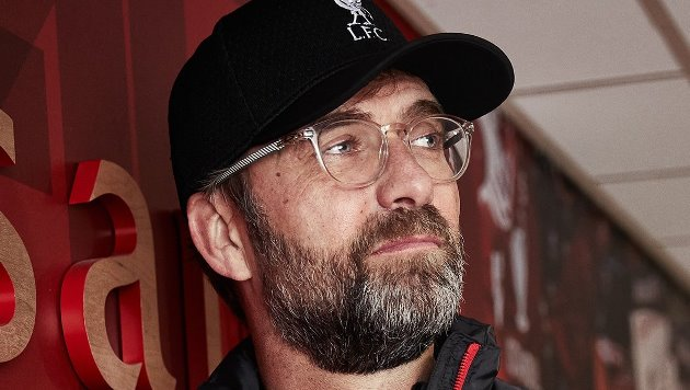 Mark Lawrenson reveals his prediction for Aston Villa v Liverpool FC - Bóng Đá