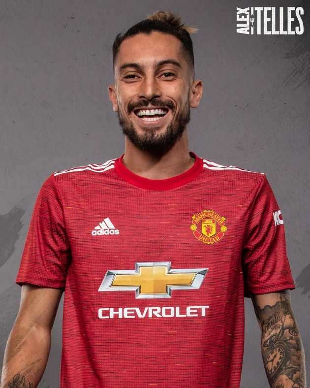 Pictures: Alex Telles in United kits and training gear - Bóng Đá