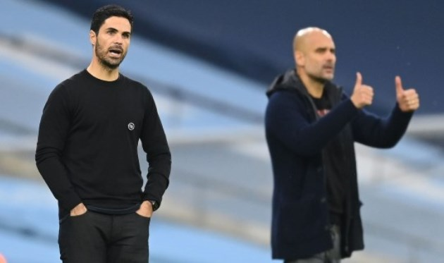 Tony Adams urges Mikel Arteta to change Arsenal's formation and criticises Hector Bellerin's display vs Man City - Bóng Đá