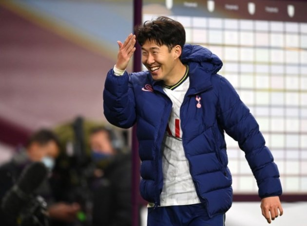 Tottenham star Heung-Min Son is 'up there' with Mohamed Salah, claims Gary Neville - Bóng Đá