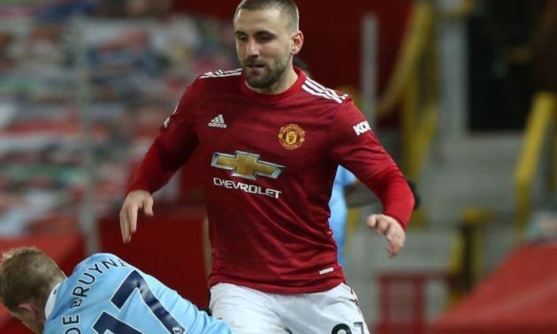 Người hâm mộ Man United thích thú với màn so tài đỉnh cao giữa Luke Shaw vs Man City - Bóng Đá