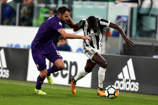 Juventus 1-0 Fiorentina: Higuain không 'cô đơn' - Bóng Đá