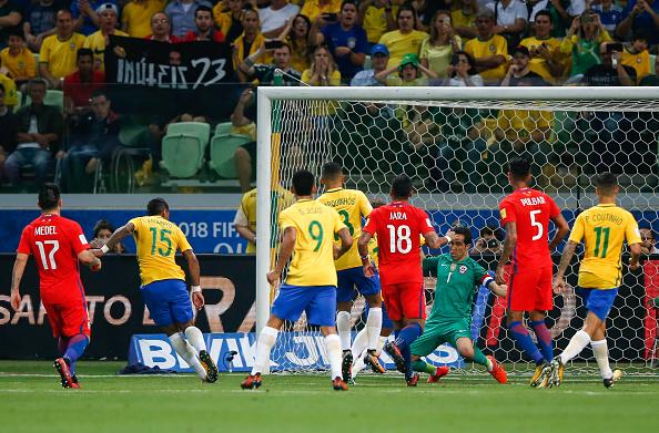 Brazil vs Chile - Bóng Đá