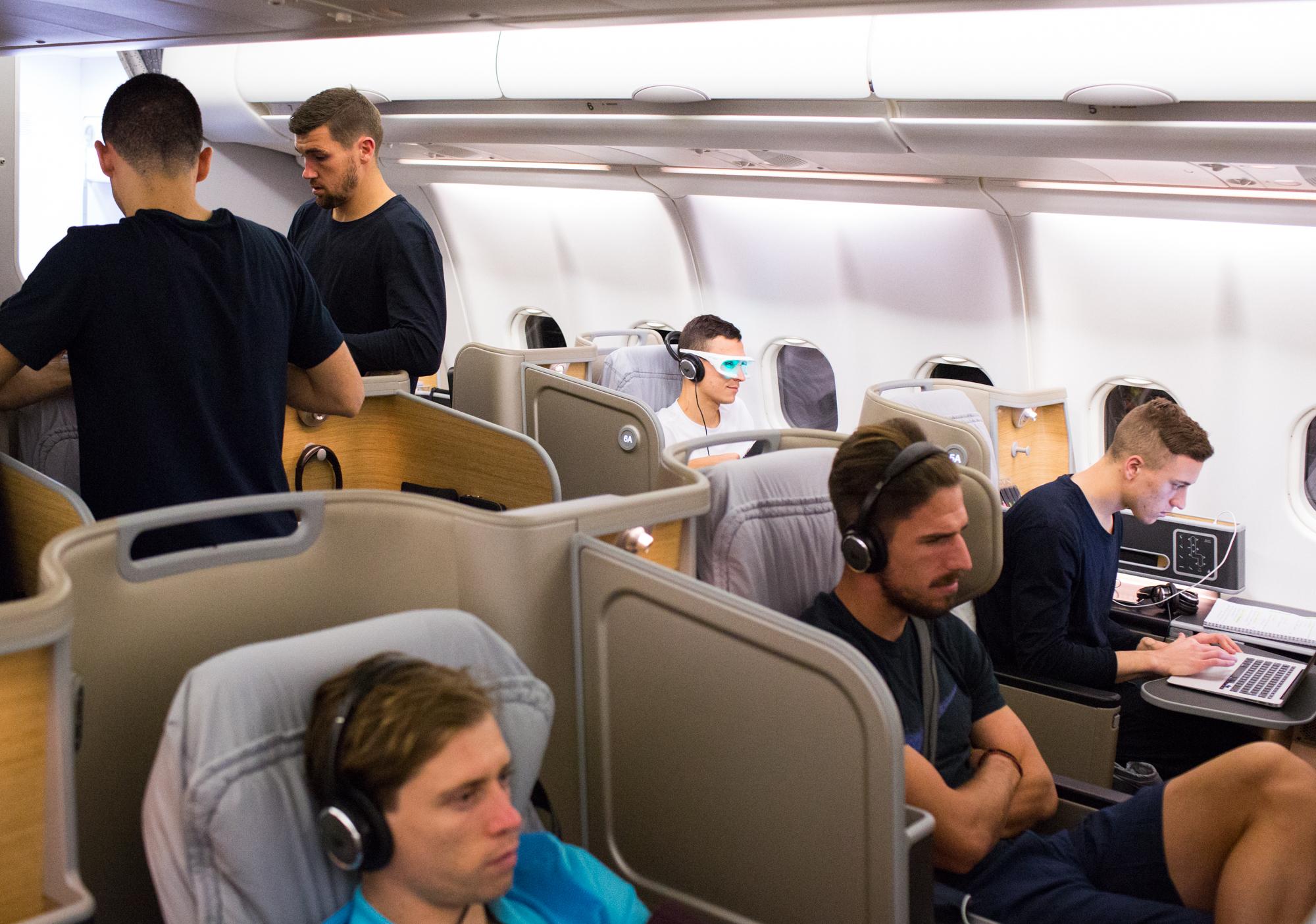 Máy bay trở thành nơi tuyệt vời nhất để Australia thư giãn - Bóng Đá
