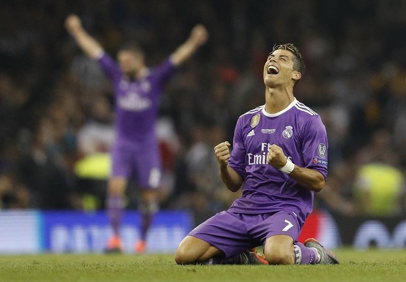 Khi bóng vàng cũng chẳng còn xứng với Ronaldo - Bóng Đá