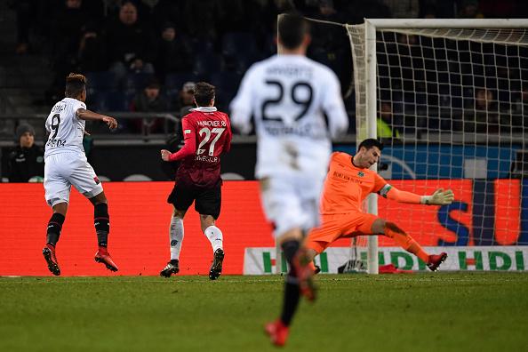 Leverkusen vươn lên ngôi nhì Bundesliga - Bóng Đá