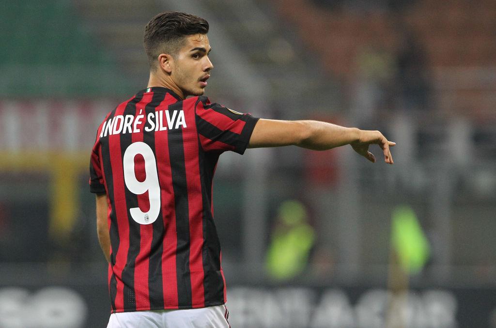 NÓNG: Everton 'sẵn sàng' giải cứu AC Milan - Bóng Đá