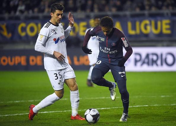 Mở tỉ số trên chấm 11m, Neymar đưa PSG vào bán kết - Bóng Đá