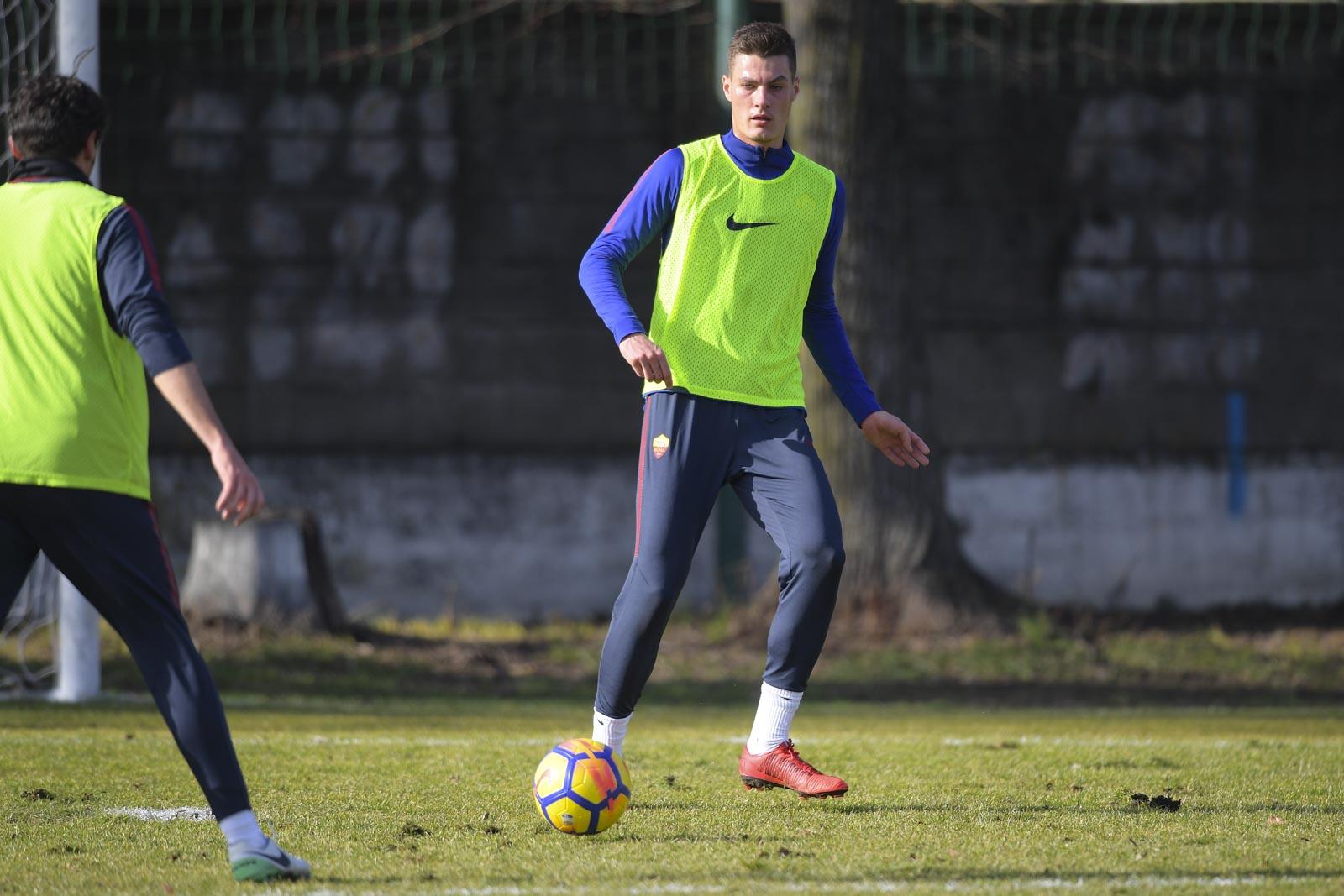 Hòa tức tưởi Inter, Roma 'ăn vạ', ở lỳ không chịu về - Bóng Đá