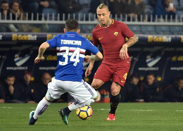 Ngày chia tay gần kề, Dzeko vẫn mang niềm vui đến cho Roma - Bóng Đá