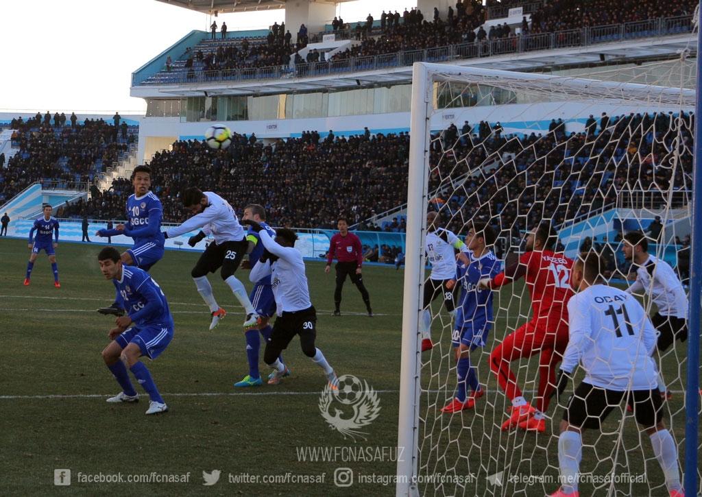 Lập siêu phẩm, sao U23 Uzbekistan giúp đội nhà thắng đậm - Bóng Đá