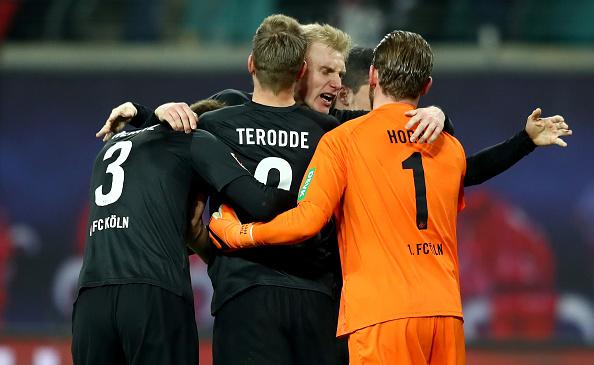 Thua SỐC đội bét bảng, Leipzig bỏ lỡ cơ hội vào top 4 - Bóng Đá