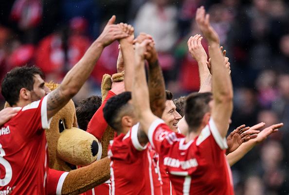 Robbery bay cùng Lewy, Bayern vùi dập Hamburg không thương tiếc - Bóng Đá