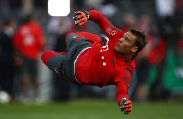 Neuer tái xuất, bất lực nhìn Bayern thủng lưới 3 bàn - Bóng Đá