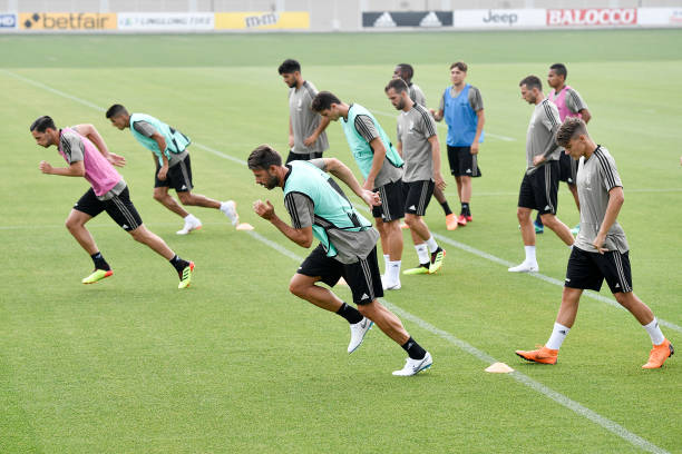 Tác động đầu tiên của Ronaldo lên các cầu thủ Juventus - Bóng Đá