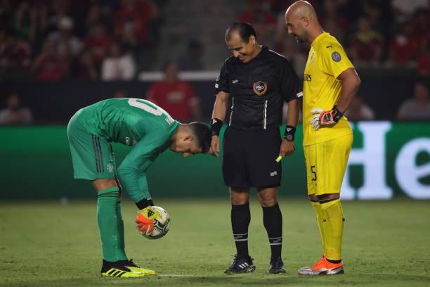 Man United đánh bại Milan sau 26 quả penalty căng thẳng - Bóng Đá