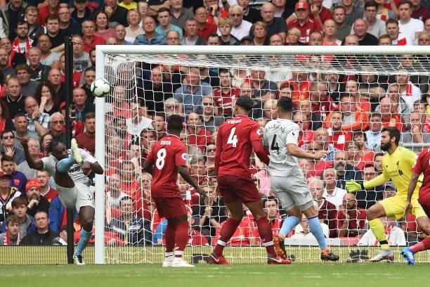 TRỰC TIẾP Liverpool 3-0 West Ham: Trọng tài sai lầm, Mane có cú đúp (H2) - Bóng Đá