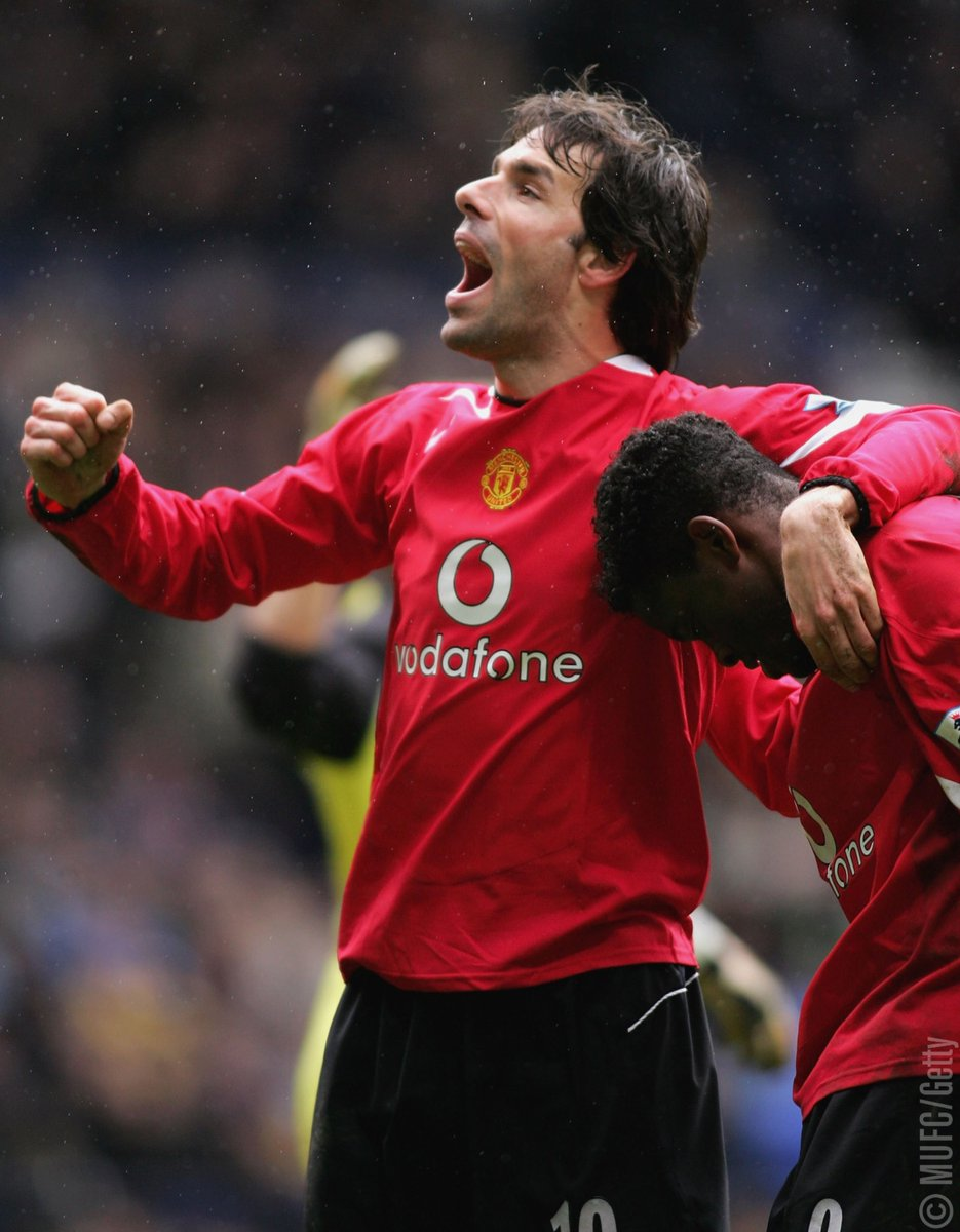 Chạm mốc 20 bàn, Lukaku chỉ chậm hơn 3 cầu thủ này tại Man United - Bóng Đá