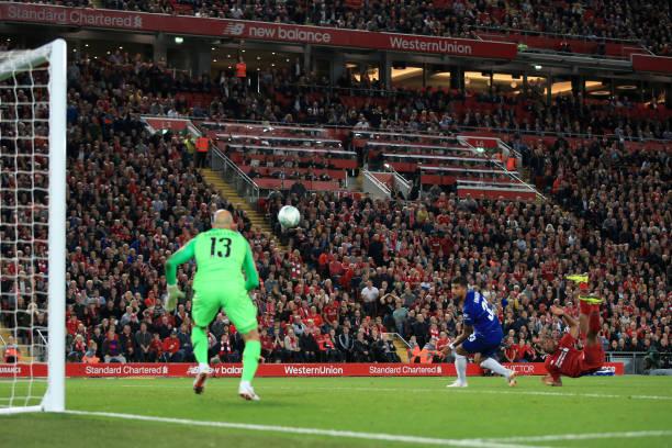 TRỰC TIẾP Liverpool 1-0 Chelsea: Sturridge 'lật bàn đèn' chuộc lỗi (H2) - Bóng Đá
