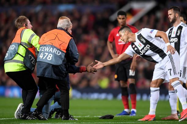 TRỰC TIẾP Man United 0-0 Juventus: Quỷ đỏ nhường sân (H1) - Bóng Đá