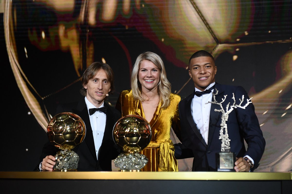Quả Bóng Vàng 2018: Modric lật đổ ách thống trị, Ronaldo cay đắng về nhì - Bóng Đá