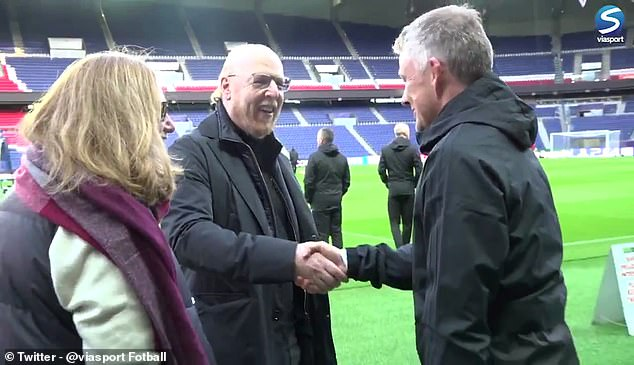 Diễn biến 'ấm lòng' tại Man United trước giờ chiến PSG (Solskjaer gặp ông chủ) - Bóng Đá