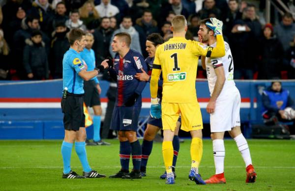 Mbappe chỉ trích trọng tài - Bóng Đá